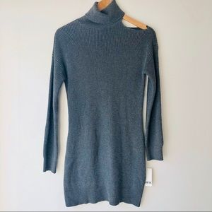 Cold shoulder sweater tunic / dress Gray